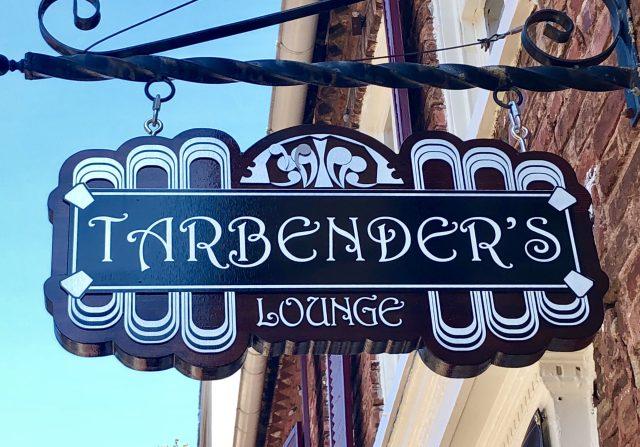 Tarbenders