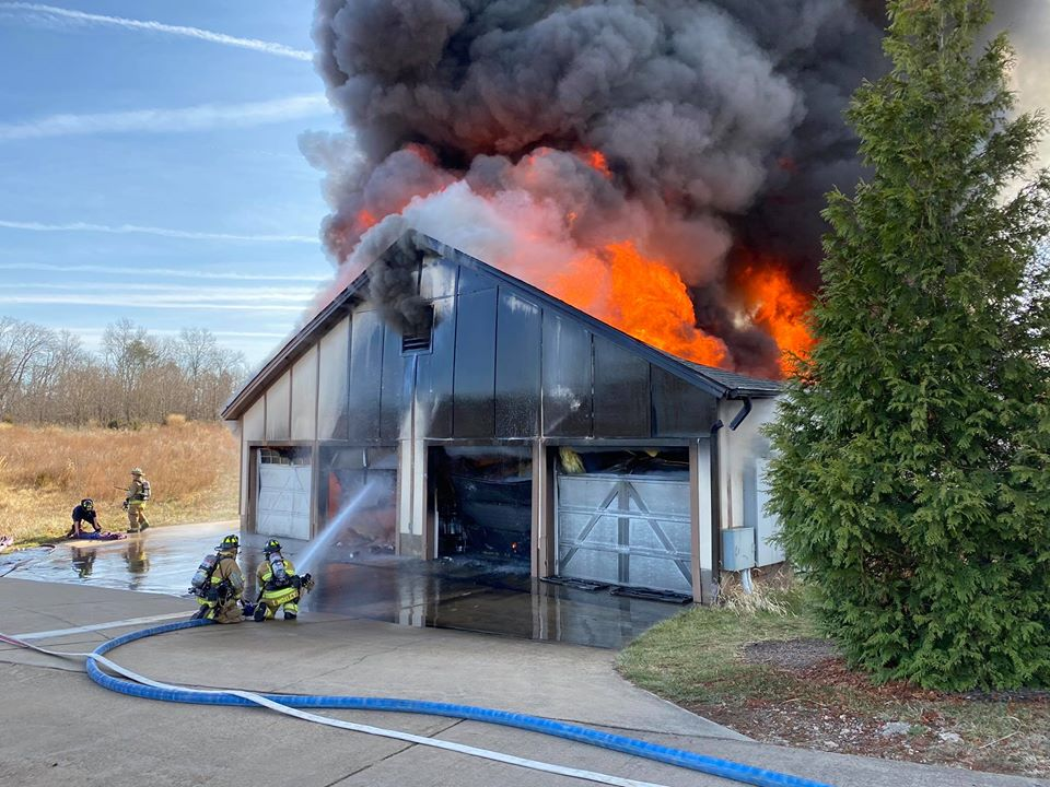 The Burn Dramatic New Video Of The 1757 Golf Club Fire The Burn