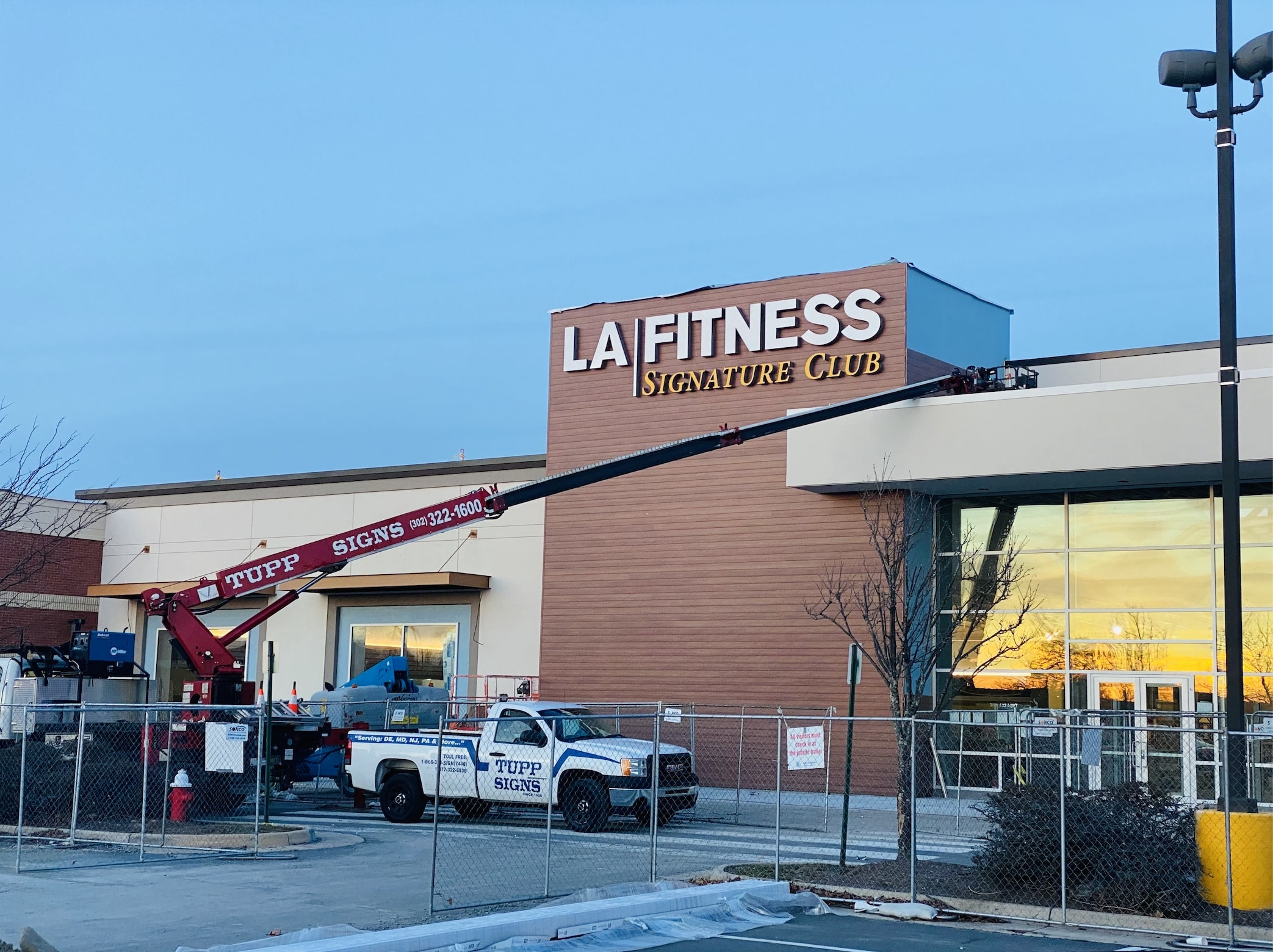 Sign Installed At New Ashburn La Fitness Location The Burn